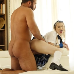 Aria Banks in 'Kink Partners' Teen Schoolgirl Aria is a Knotty Step Sister (Thumbnail 18)