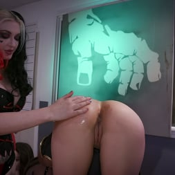 Ariel X in 'Kink Partners' Bat Slut Captured by a HarleyQuinn and Punished. (Thumbnail 8)