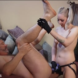 Arielle Aquinas in 'Kink Partners' Party Girl (Part 2 of 2) (Thumbnail 18)