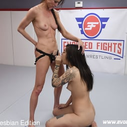 Ashlee Juliet in 'Kink Partners' Marie Tall Leggy Lesbians Fight Then Fuck (Thumbnail 9)