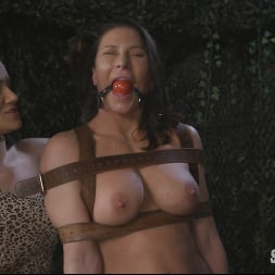 Bella Rossi in 'Kink Partners' Hungry Amazons Part 2. Horny Amazons Tenderize Ass Meat (Thumbnail 9)