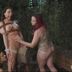 Bella Rossi in 'Kink Partners' Hungry Amazons Part 2. Horny Amazons Tenderize Ass Meat (Thumbnail 11)