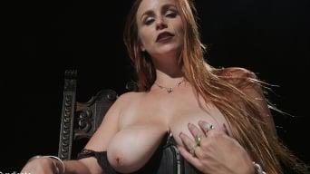 Bella Rossi に '変態ジョイ:ベラロッシのおっぱいとお尻に窒息'
