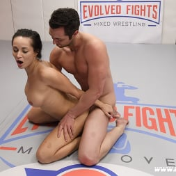 Crystal Rush in 'Kink Partners' Sexy Fit Male and Female Athletes Fight Then Fuck (Thumbnail 28)