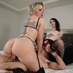 Dee Williams in 'Kink Partners' in 2 Sluts and A Good Dick (Thumbnail 22)