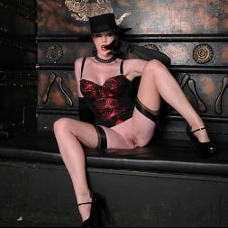Holly Kiss in 'Kink Partners' Interracial Dungeon (Thumbnail 14)