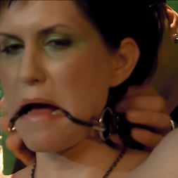Jada Sinn in 'Kink Partners' Jada Enters The Matrix (Thumbnail 6)