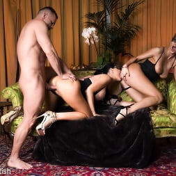 Jasmine Jae in 'Kink Partners' Masked Cum-Swapping Threesome (Thumbnail 5)
