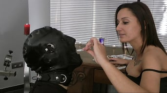 Lady Amesia in 'Lady Amesia: Teasing the Slave'