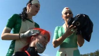 Lady Bijou in 'Gummipuppenklinik (3 of 3)'