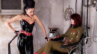 Lady Bijou in 'The Kinky Chair (2 of 2)'