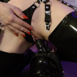 Lady Estelle in 'Kink Partners' - Sexual Dependence (2 of 4) 'Teasing' (Thumbnail 5)