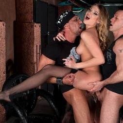 Lucy Heart in 'Kink Partners' CLUB BANGERS (Thumbnail 7)