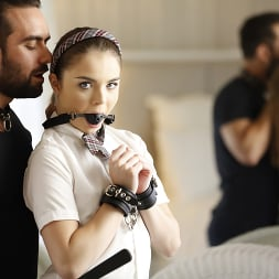 Megan Marx in 'Kink Partners' Teen Step Sister Megan Learns a lot Today (Thumbnail 5)