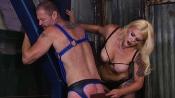 Mistress Bella Bathory in 'Cock hungry slave submits to his Mistress'