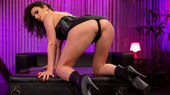Mistress Blunt in 'KINKY JOI: I Made A Mess For Mistress'