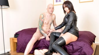 Mistress Carly in 'Carly's Cuckold'