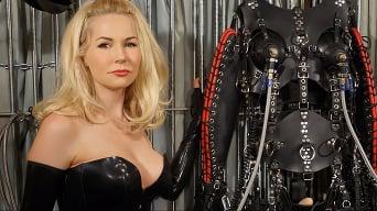Mistress Eleise de Lacy in 'Extreme Bondage'