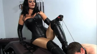 Mistress Ezada in 'Under My Arse'
