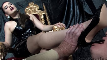 Mistress Serena in 'Foot Lust'
