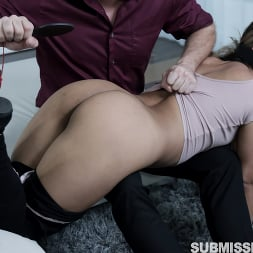 Nicole Rey in 'Kink Partners' Master Lets Loose On Docile Servant (Thumbnail 15)