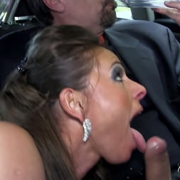 Sexy Susi in 'Kink Partners' Gets Her Asshole Publicly Fucked (Thumbnail 12)