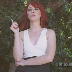 Vixon in 'Kink Partners' She Smokes 4 (Thumbnail 8)