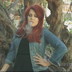 Vixon in 'Kink Partners' She Smokes 4 (Thumbnail 15)
